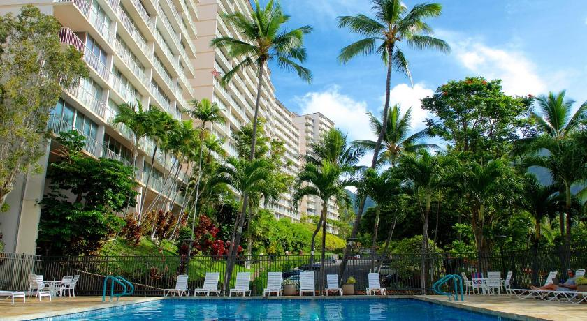 Best time to travel United States Makaha Valley Towers