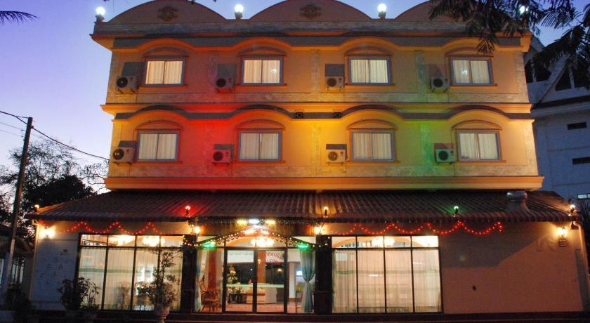 Best time to travel Vientiane Mekong Sunshine Hotel
