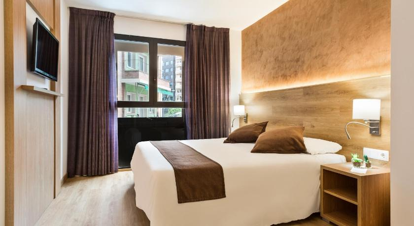 Hotel Acta Azul Barcelona - Barcelona