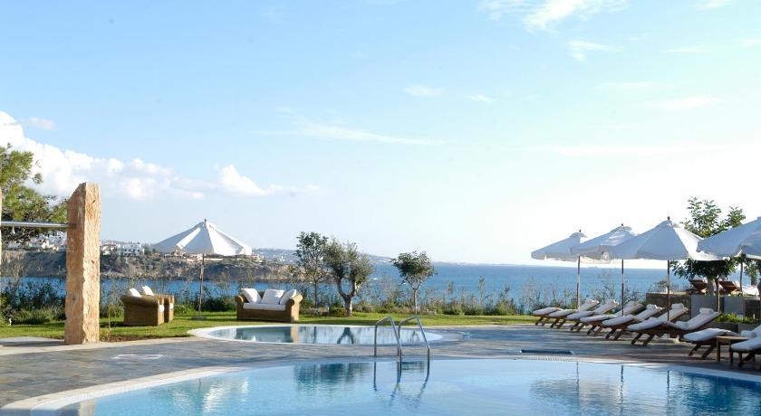 Best time to travel Paphos Sentido Thalassa Coral Bay