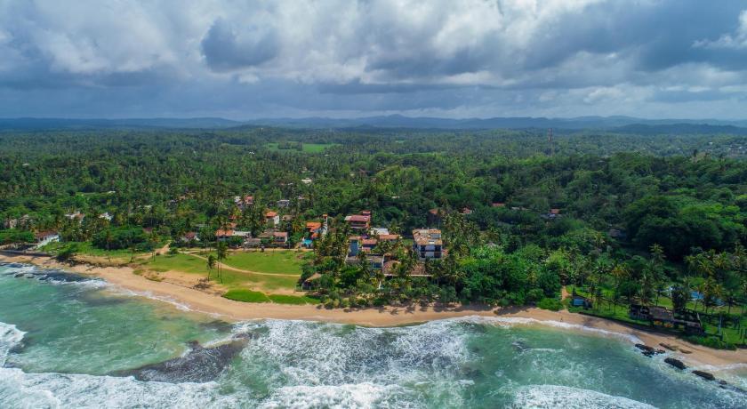 蒂薩海灘別墅度假酒店