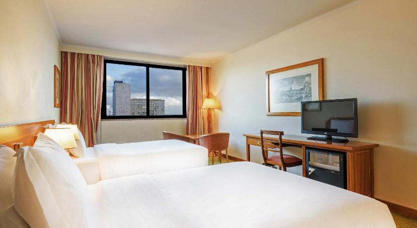 Double Room Hotel Real Parque