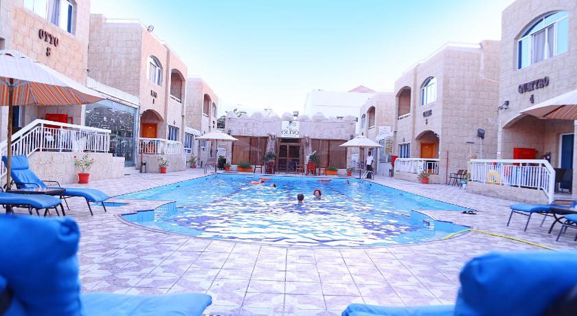Best time to travel Ajman Verona Resort