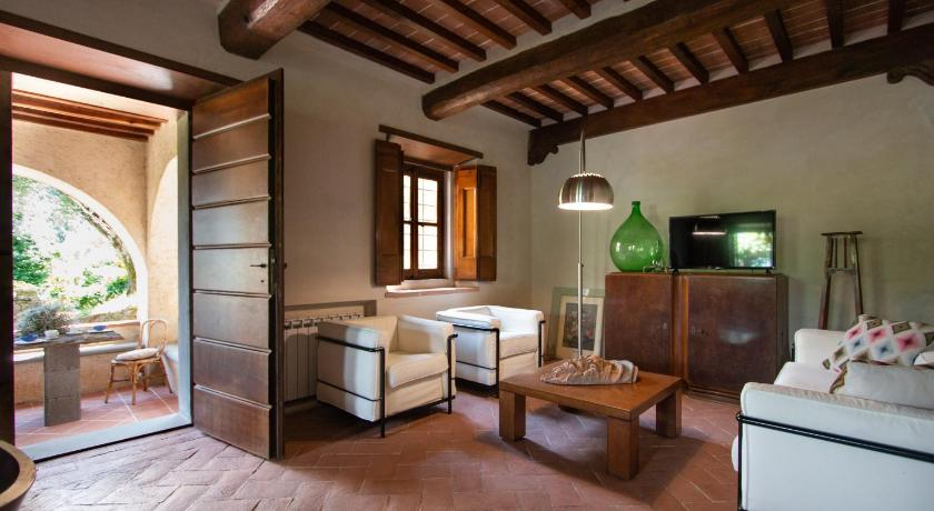 Best time to travel Italy Villa Doriana