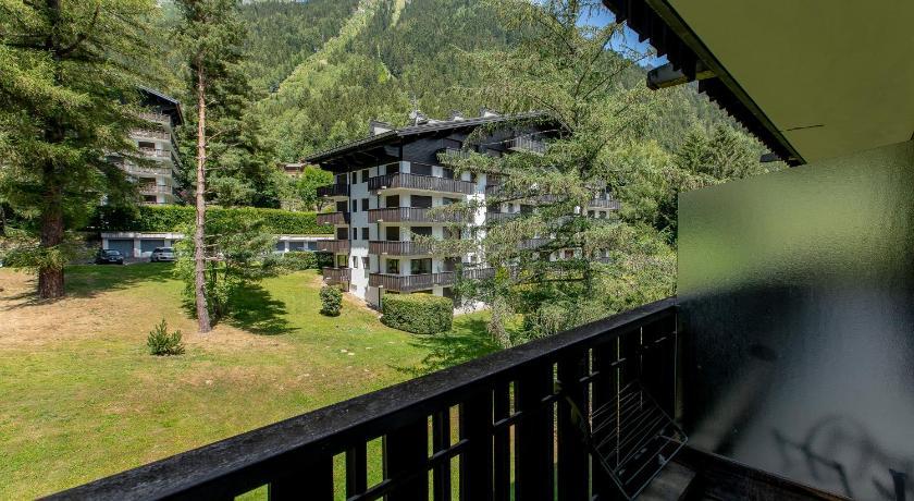 Best Price on Residence du Brevent - Chamonix Mont-Blanc