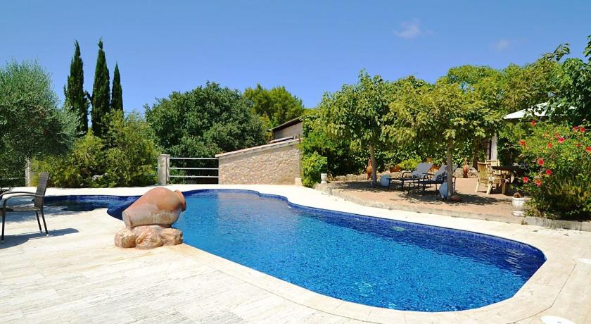 Peaceful Holiday Home with Private Pool in Alcudia Majorca