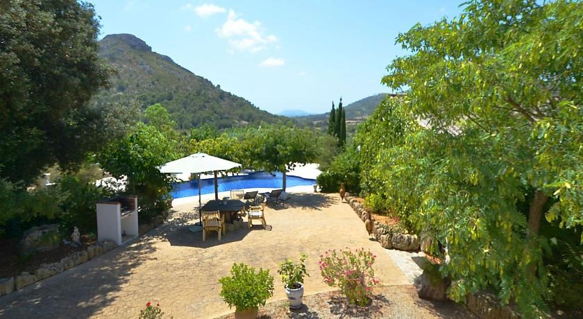 Ferienhaus Peaceful Holiday Home with Private Pool in Alcudia Majorca