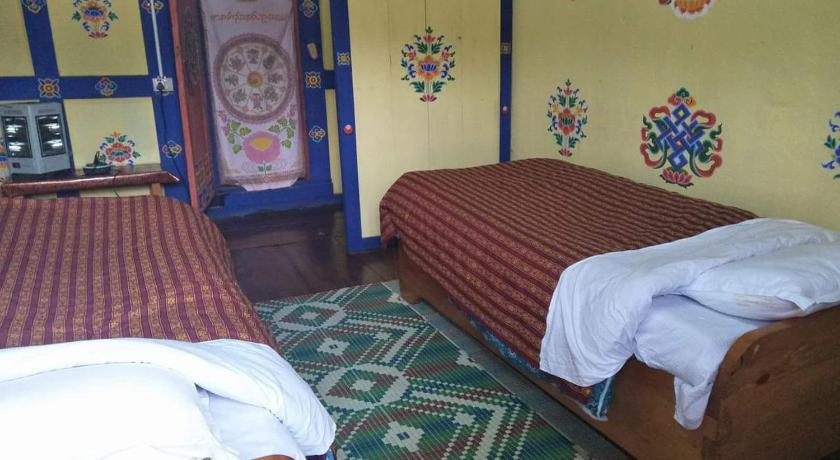 Best time to travel Bhutan Pemba farmhouse (deki gatsheling)