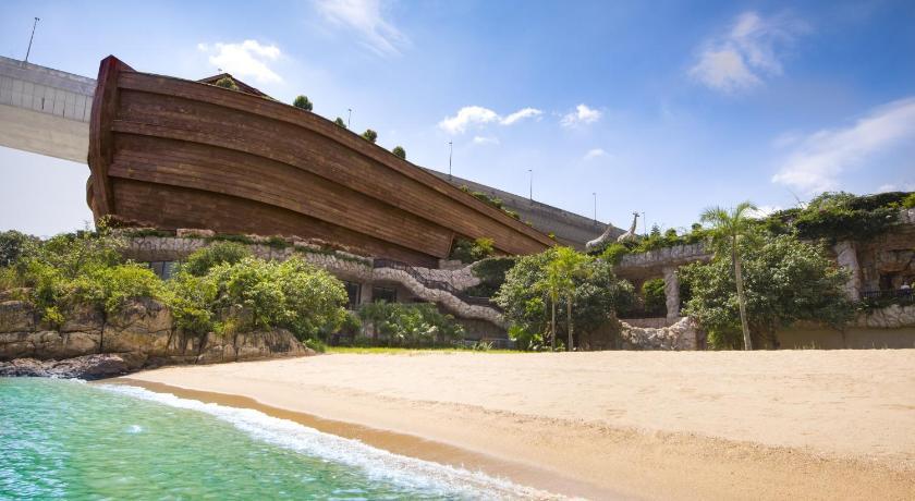 Best time to travel Tsuen Wan Noah's Ark Resort