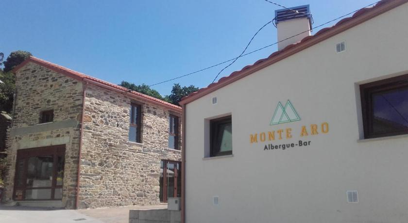 More about Albergue Monte Aro