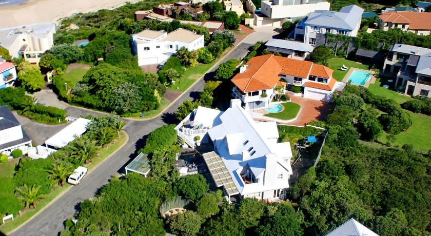 Best time to travel South Africa Sea Breeze Beach House Plettenberg Bay