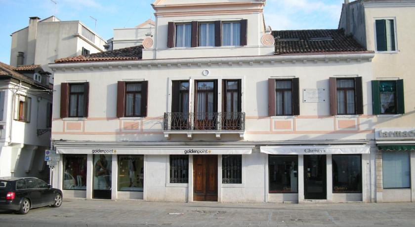 Best time to travel Venice Casa di Carlo Goldoni