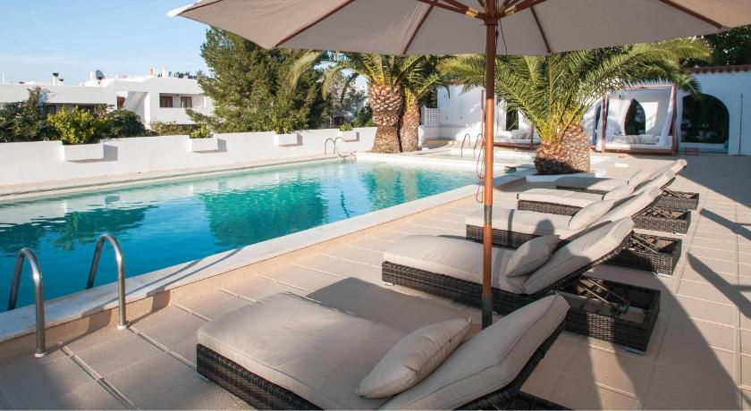 Best time to travel Ibiza Apartamentos Sunset Oasis Ibiza - Only Adults