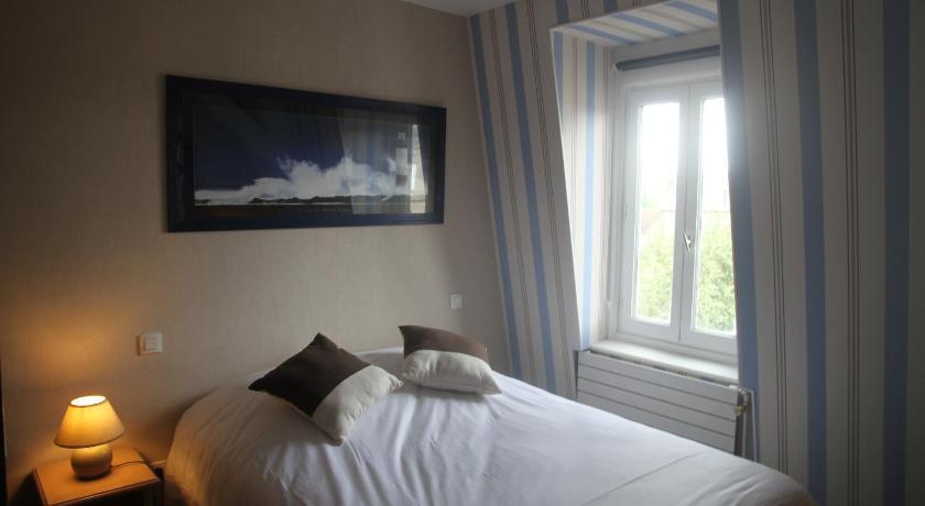 Hotel Spa Le Petit Castel Beuzeville Honfleur France 2020
