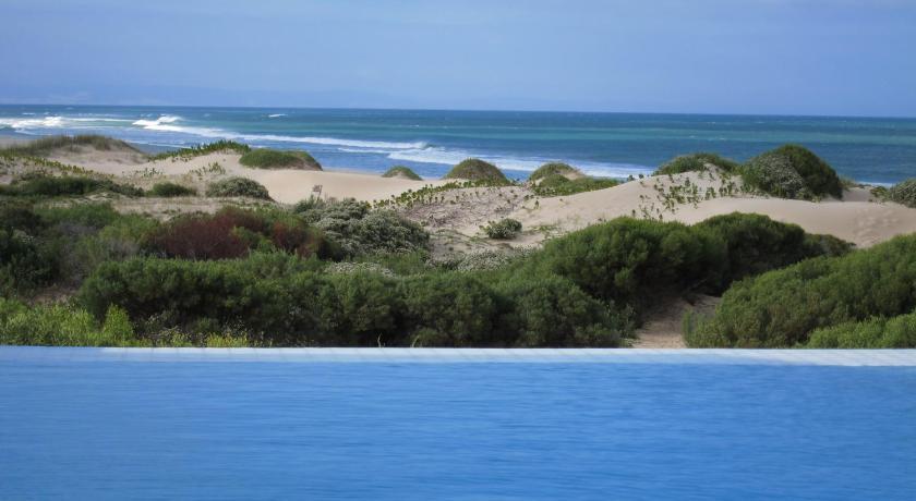 Best time to travel South Africa Moya Manzi Beach House