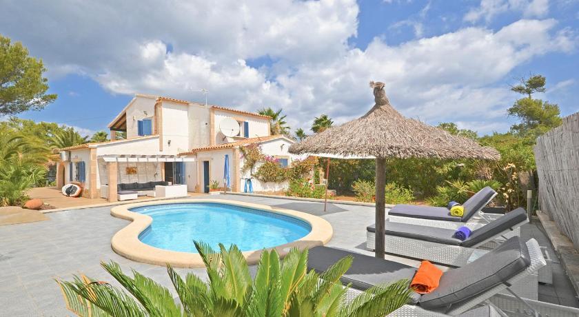 Best time to travel Alcúdia Villa Odette