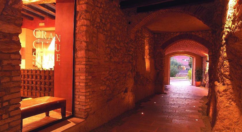 boutique hotels tarragona provinz  3