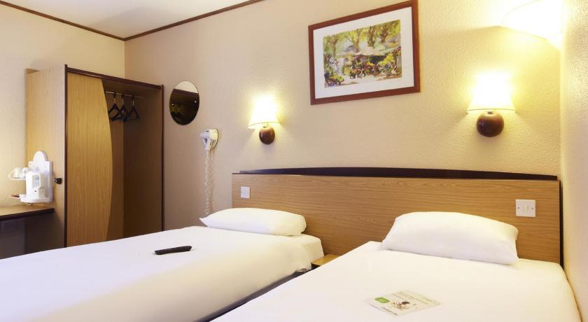 Best time to travel Cardiff Campanile Hotel Cardiff