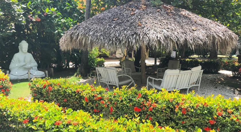 Las Terrazas Vip Pool Beach Club Spa In Bavaro Room