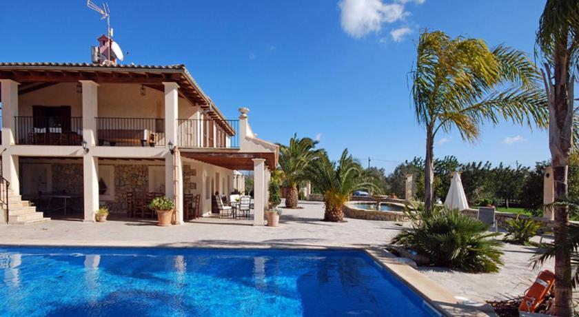 Best time to travel Spain Sonllarg