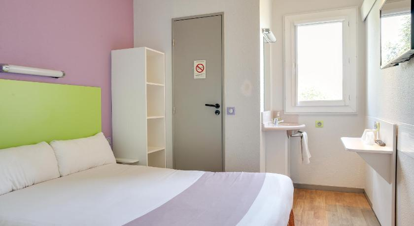 Double Room Hotel Valence Sud