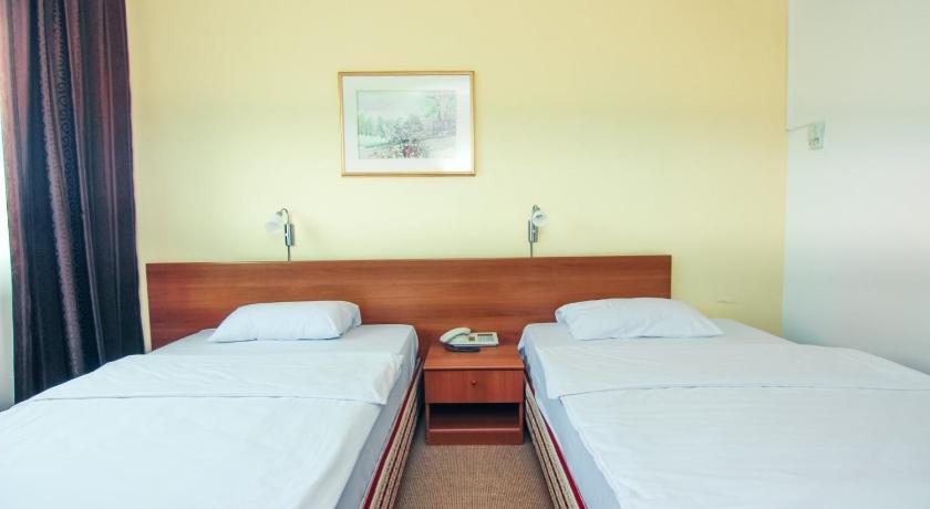 Hotel Grand Sarajevo Booking Deals Photos Reviews