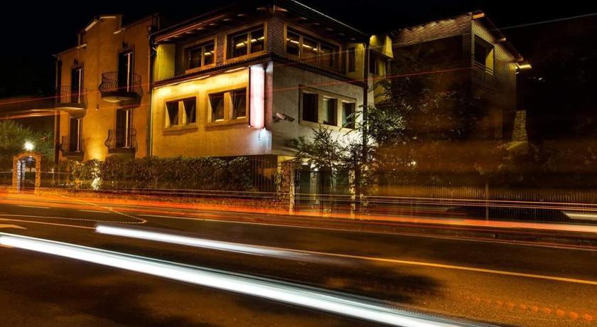 Hotel Vila Hayat In Sarajevo Room Deals Photos Reviews