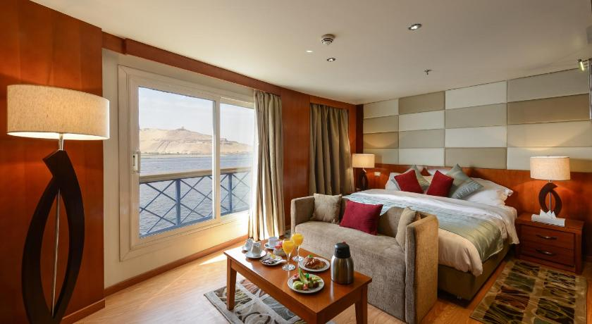 Best time to travel Luxor M/S Esmeralda Nile Cruise - From Luxor 04 & 07 each Monday and 03 Nights From Aswan each Friday
