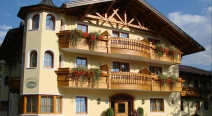 Hotel Servus Europa Salzburg Am Walserberg (Wals - Agoda