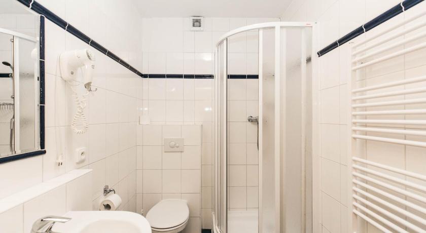 Best Price On Hotel Boston In Karlovy Vary Reviews