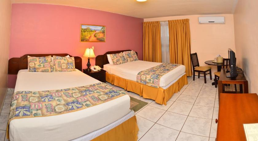 Best time to travel San Pedro Sula Hotel Ejecutivo