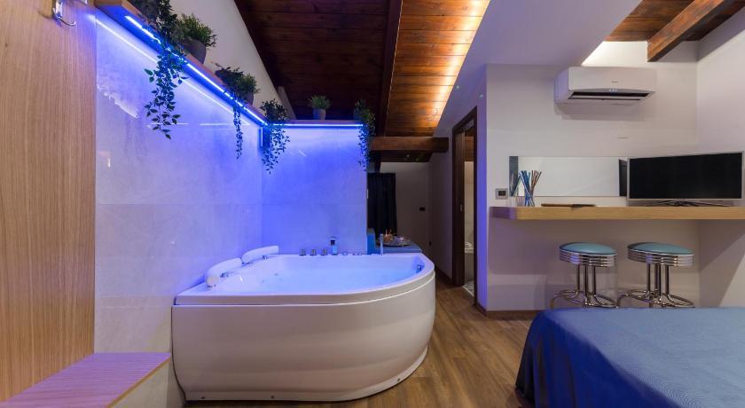 Hotel Vogue Giugliano In Campania Da 36 Offerte Agoda