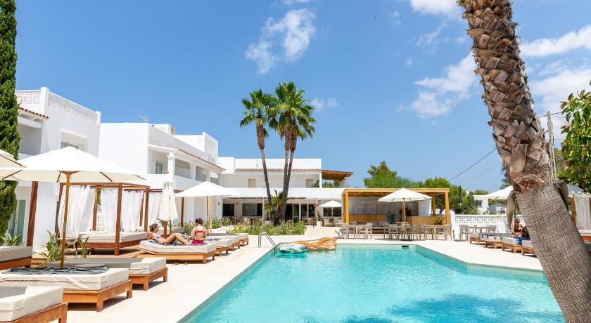 Best time to travel Spain Hotel Boutique & Spa Las Mimosas Ibiza