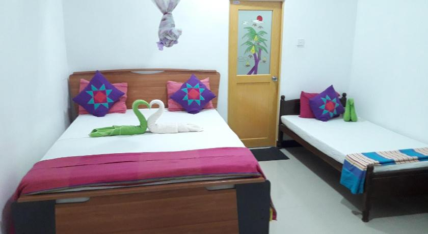 Chathura Home Stay