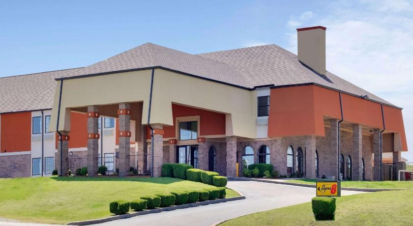 Airport Hotel Sapulpa: Hotels at Sahoma Lake Airport - Hotel