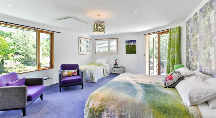 Two Stories Guest House Wanaka