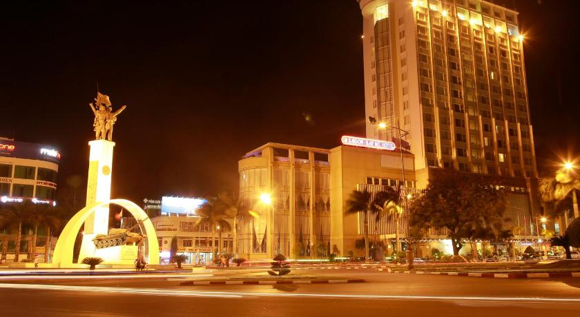 Best time to travel Buon Ma Thuot Sai Gon Ban Me Hotel