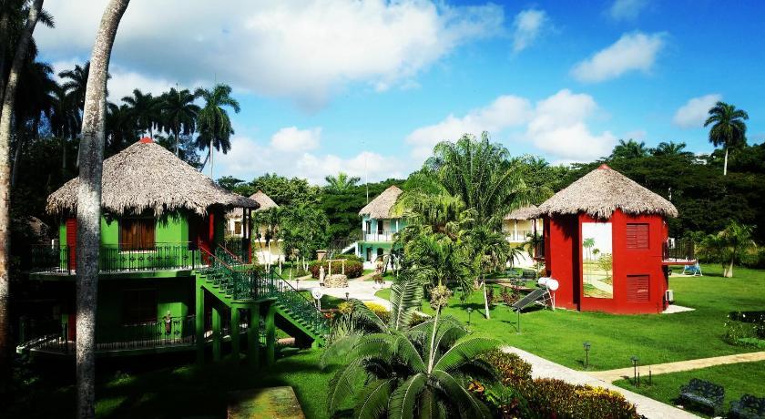Best time to travel Santa Clara Hotel Horizontes La Granjita