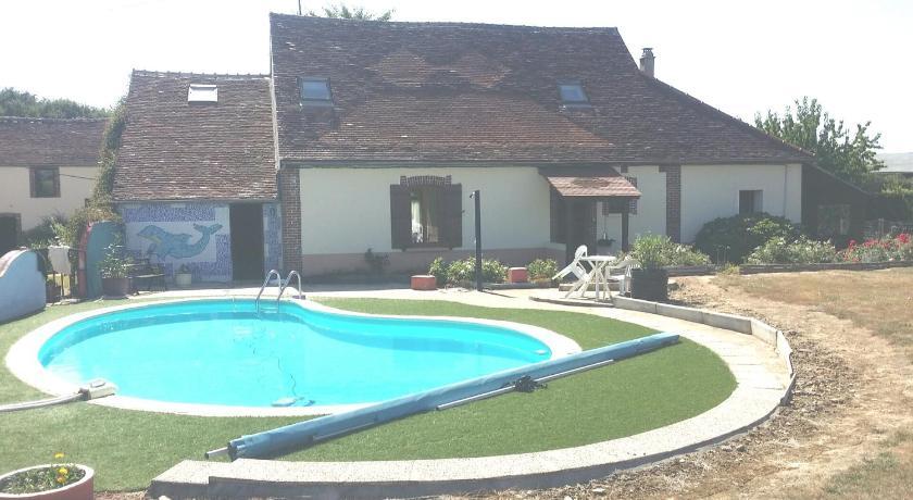 La Piscine Aux Rosiers Entire House Fontainebleau Deals