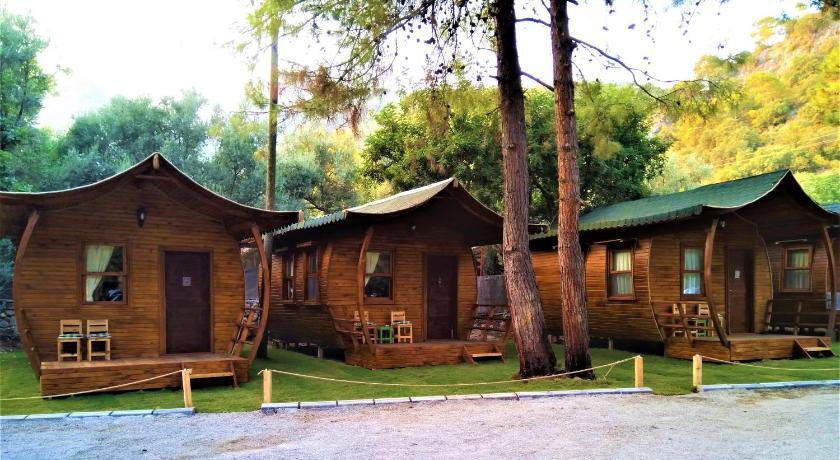 Best time to travel Turkey Green Pine Beach & Bungallows