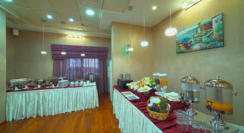 Rose Garden Hotel Apartments Bur Dubai Behind Burjuman Shopping