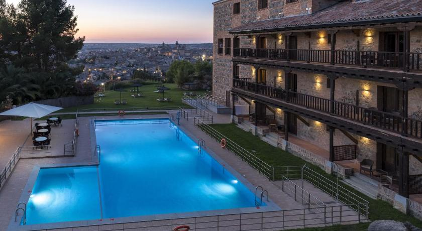 Best time to travel Toledo Parador de Toledo