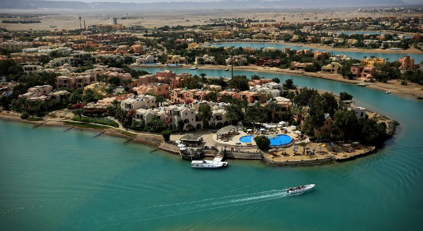 Best time to travel Egypt Hotel Sultan Bey Resort