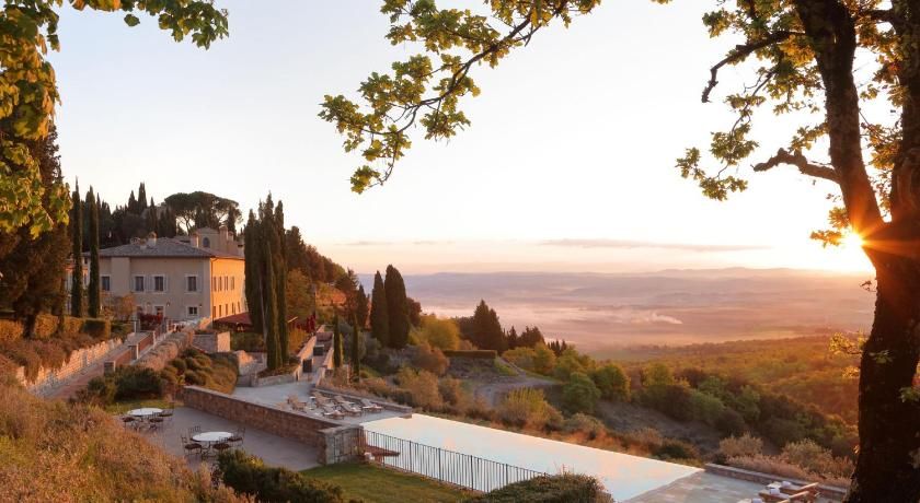 Best time to travel Italy Rosewood Castiglion del Bosco