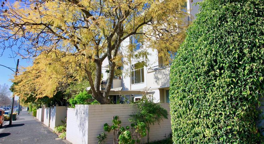 Apartments On Lygon 700 Street Melbourne