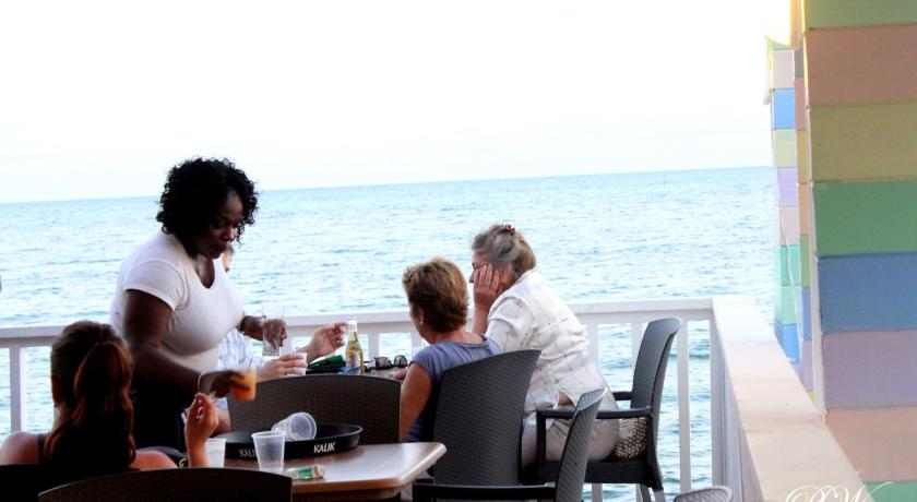 Best time to travel Nassau Coral Harbour Beach House & Villas