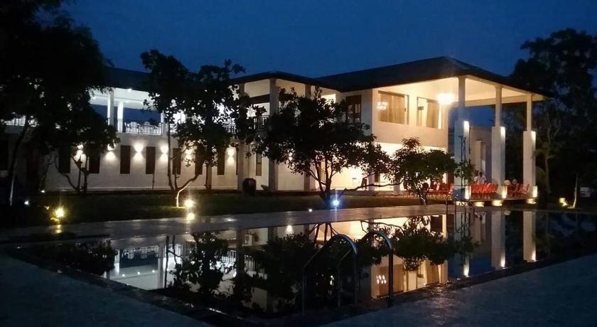 Best Price on Four Points Resort - Anuradhapura in