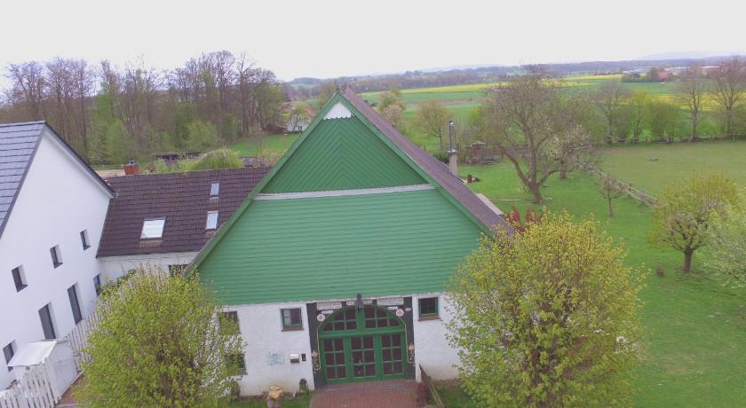 Best time to travel Bielefeld Reiterhof Zwei Linden