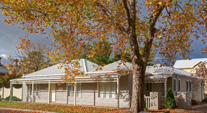 Mews Cottages