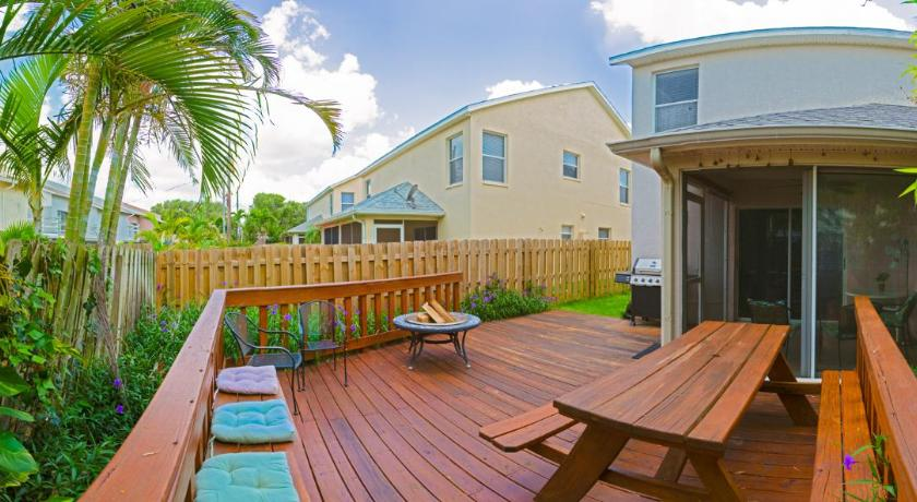 Cocoa Beach Vacation Rentals - Furnished Vacation Houses